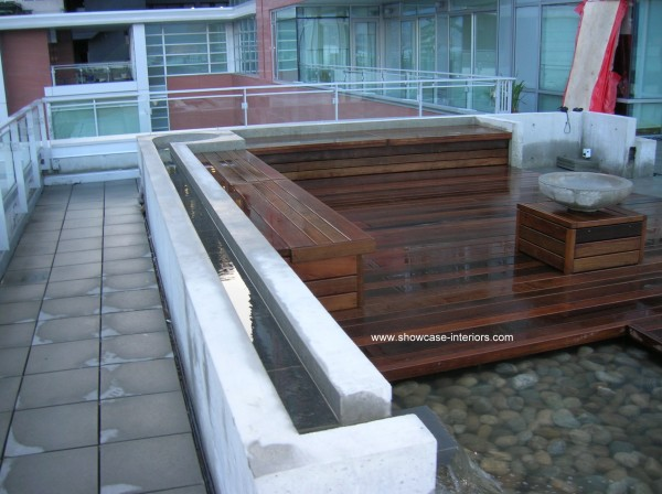 Coal Harbour Deck-007