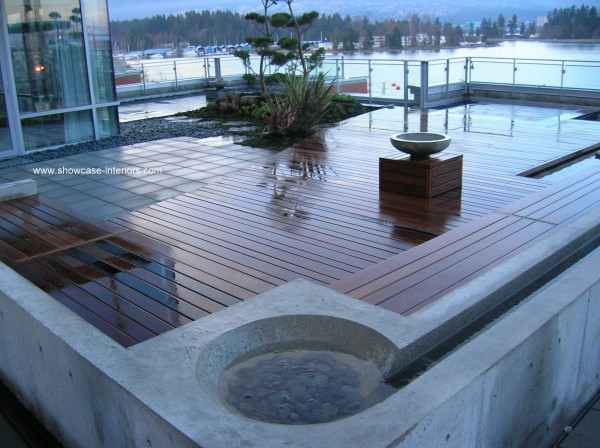Coal Harbour Deck-009